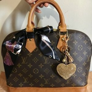 ❗️SOLD ❗️💯%❤️Authentic Louis Vuitton Alma (pm)